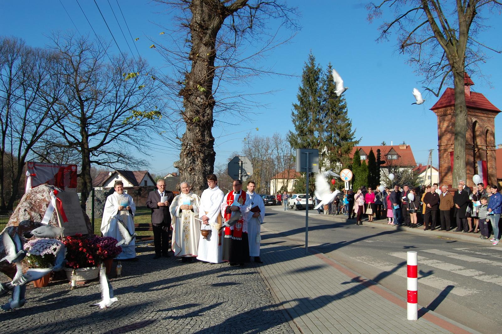 Bucze świętowało stulecie odzyskania niepodległości Polski